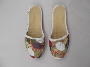 http://stores.sellmojo.com/images/inspiration/Painted-Slippers-500x3757278.jpg